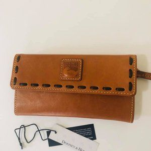 Dooney & Bourke continental florentine wallet
